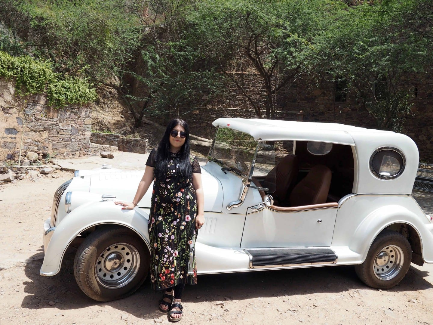 NEEMRANA VINTAGE CAR RIDE
