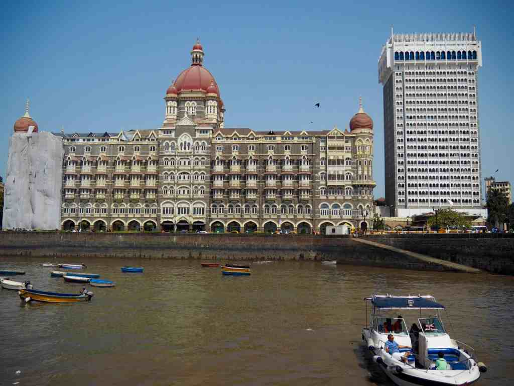 CHECKING IN: TAJ MAHAL PALACE MUMBAI