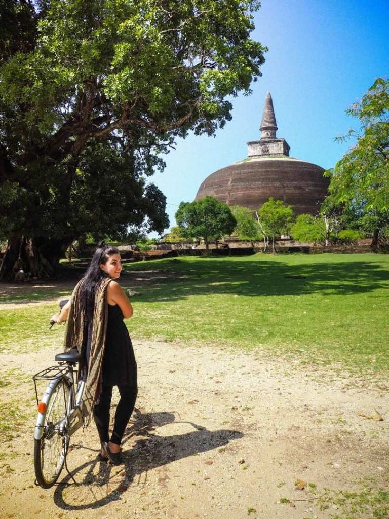 A QUICK BUT INSIGHTFUL TRAVEL GUIDE TO THE ANCIENT CITY OF POLONNARUWA IN SRI LANKA