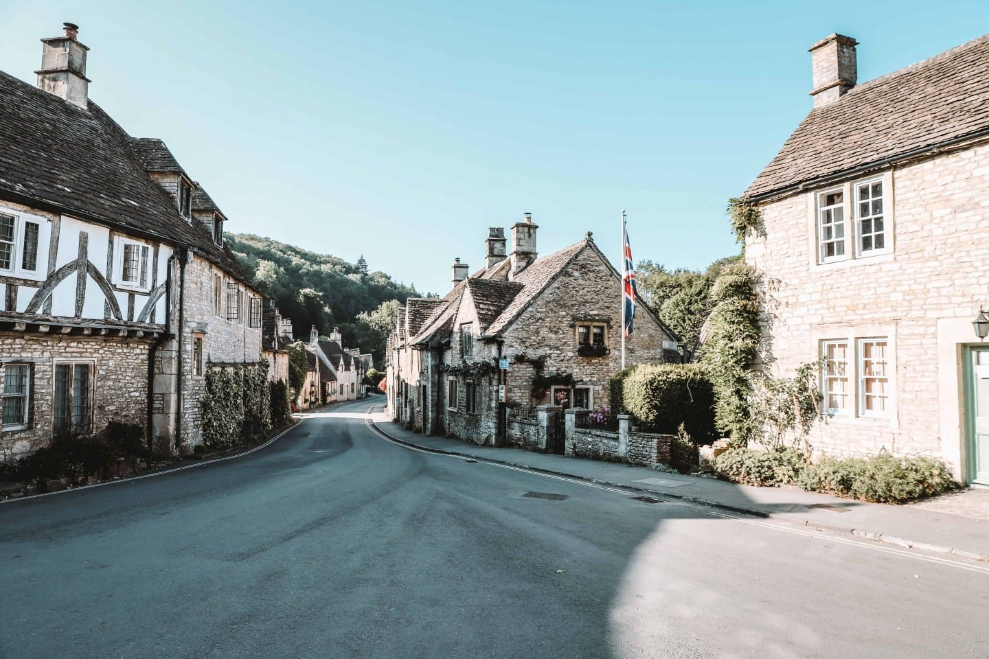 castle combe travel guide