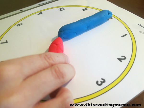 telling time by the hour with clock playdough mats
