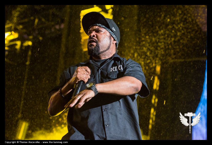 """<span class=""""entry-title-primary"""">Peter Bjorn and John + Ice Cube</span> <span class=""""entry-subtitle"""">@ FEQ 2016 (Québec)</span>"""