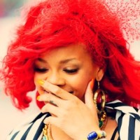 Rihanna Leaves Stage During A Performance To Throw Up