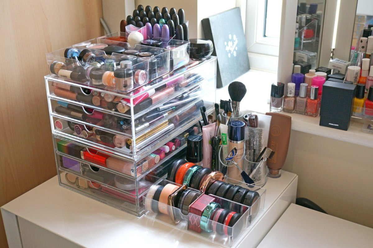 New Massive Acrylic Makeup Storage!   Review