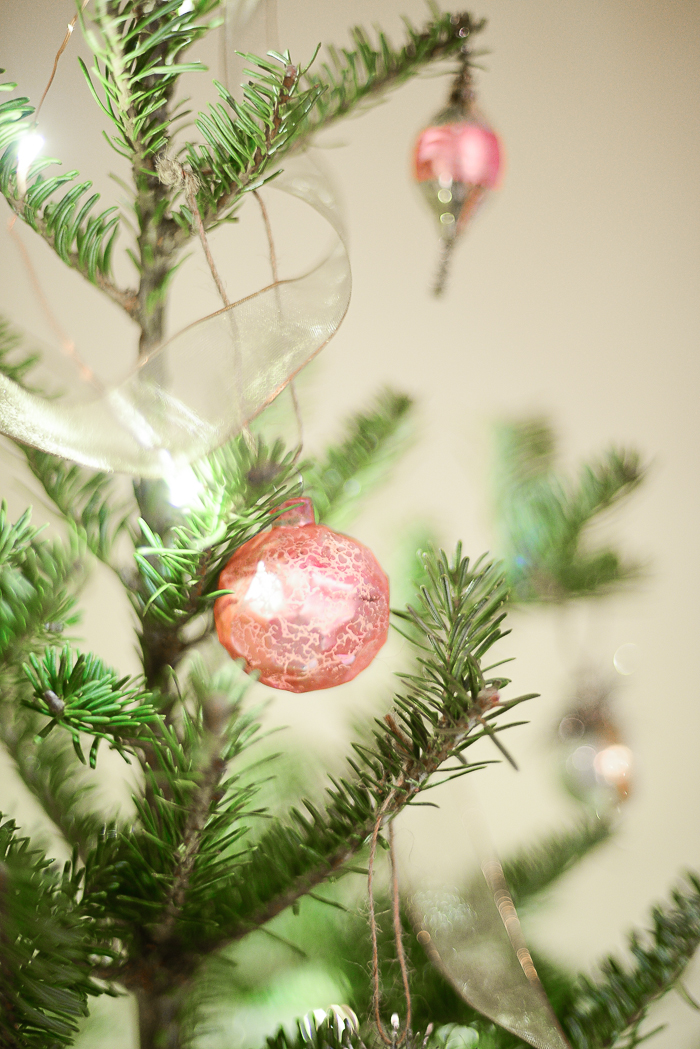 Christmas decoration ideas from Threads & Blooms