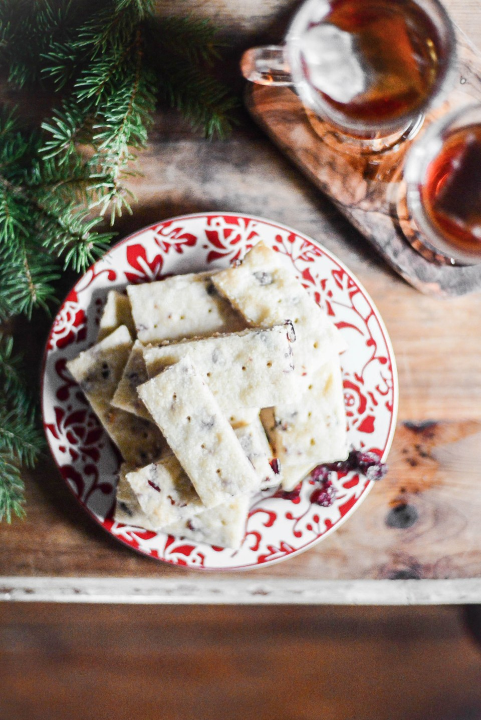 Christmas cookies - cranberry shortbread cookie recipe