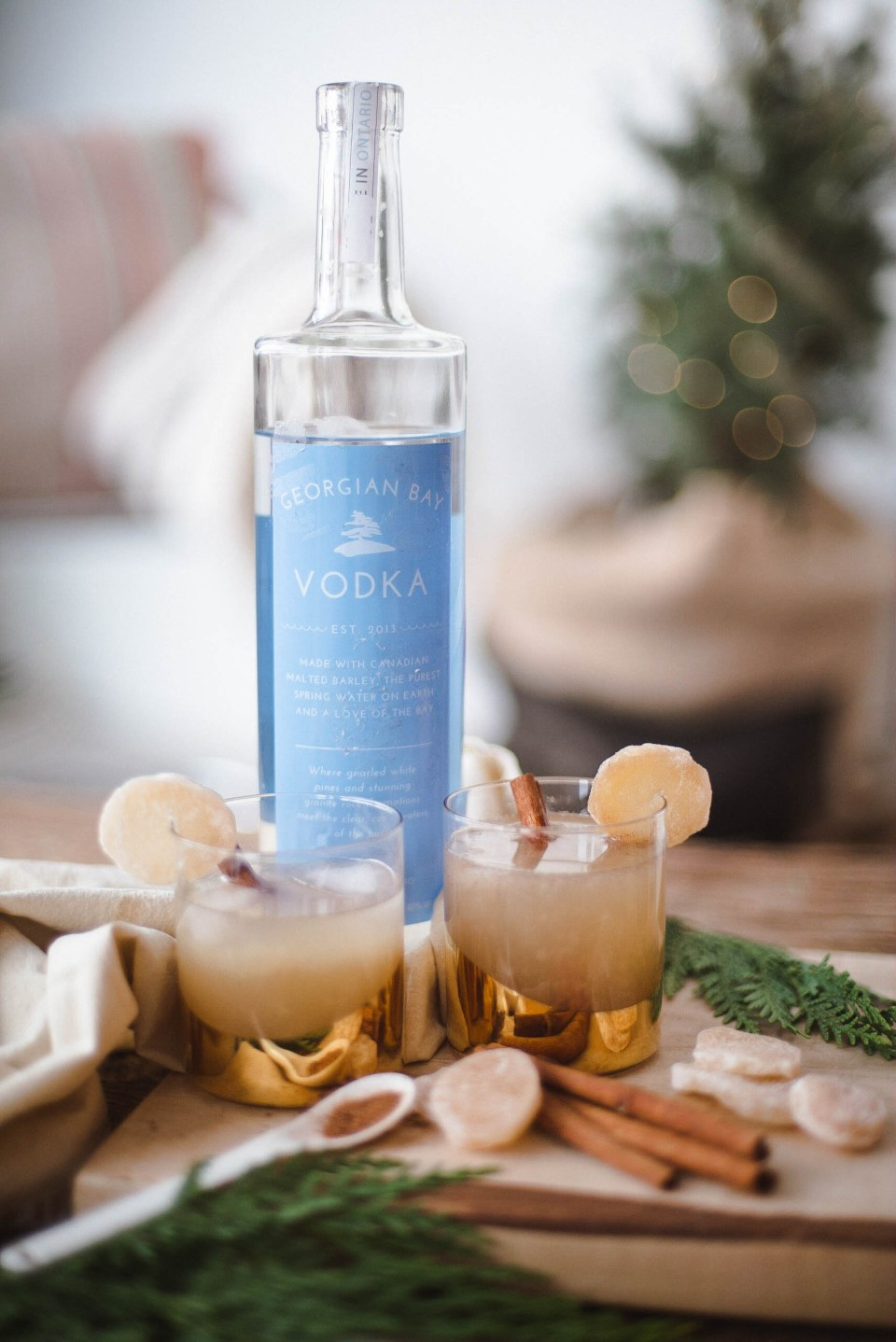 Christmas Cocktails with Vodka - Pear & Ginger Twist!