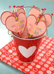 ValentinePencilTopper