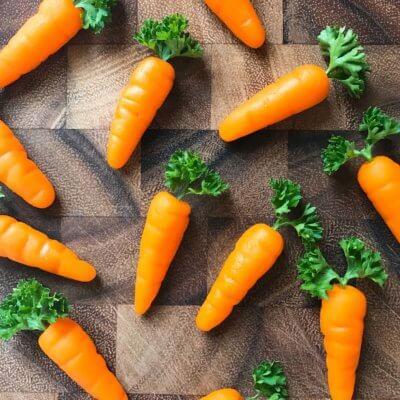 How to Make Marzipan Carrots