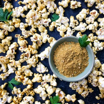 Homemade Ginger Curry Popcorn