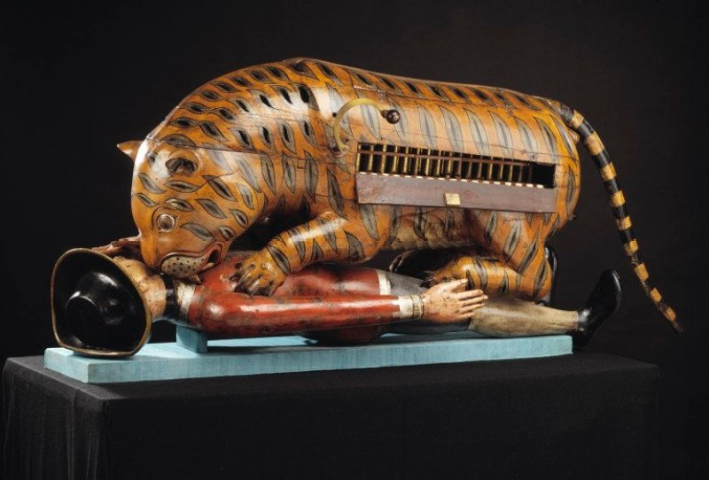 Tipu's Tiger Organ Image Credits: Victoria and Albert Museum http://collections.vam.ac.uk/item/O61949/mechanical-organ-automaton-tippoos-tiger/ [CC BY-SA 3.0 (http://creativecommons.org/licenses/by-sa/3.0)], via Wikimedia Commons