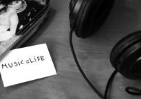 throw-dice-play-nice-music-life-stock