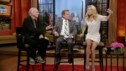 66878b139544612 Kelly Ripa  Regis & Kelly  upskirt video