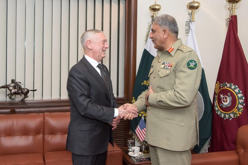 U.S. Defense Secretary James N. Mattis meets with Pakistani Chief of Army Staff Gen. Qamar Bajwa, in Islamabad, on December 4, 2017. (Photograph: U.S. Army Sgt. Amber I. Smith / U.S. Department of Defense)