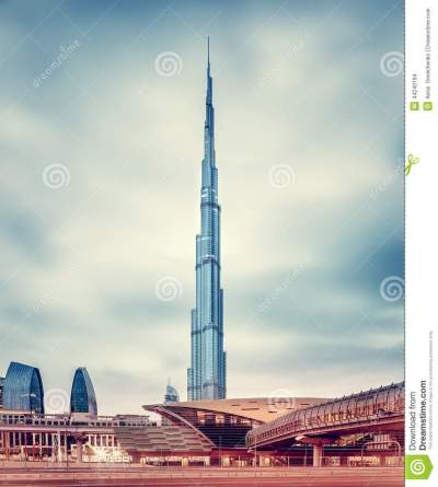 Burj Khalifa And Dubai's Modern Metro Station Stock Photo - Image of business, highest: 44240194