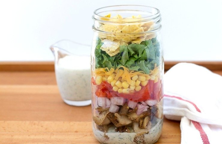 Chicken Taco Mason Jar Salad