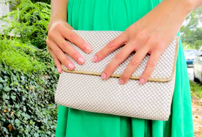 summer style: vintage clutch | tide & bloom