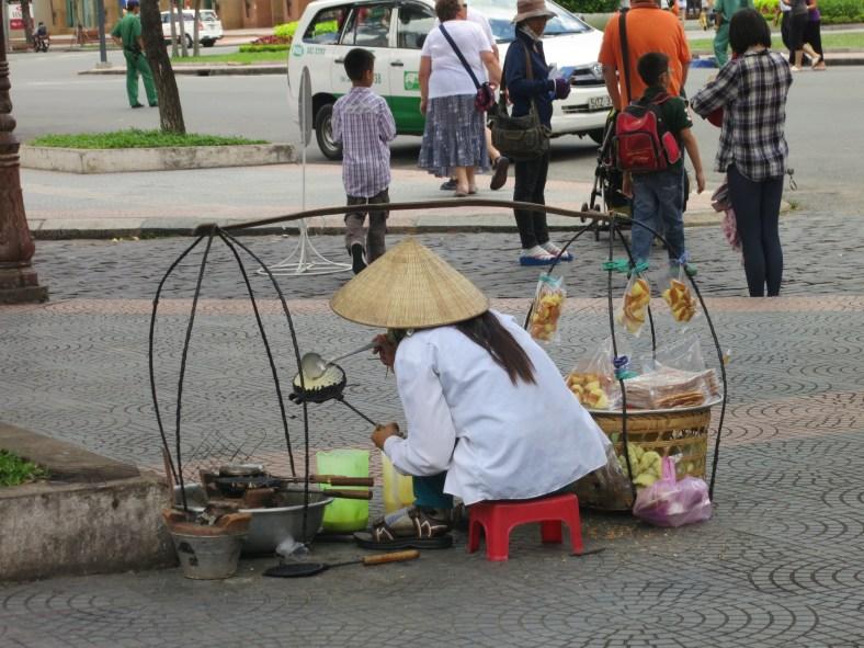 Vietnamese street food/ 越南小吃