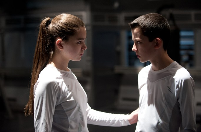 Hailee Steinfeld as Petra and Asa Butterfield as Ender from the film.