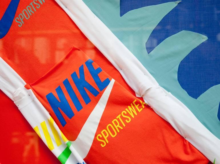 Nike Sportswear T 1920px 05