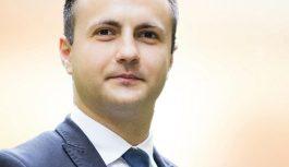 Preşedintele ALDE Timiş, în apărarea lui Tăriceanu: vrea o lege pentru ca demnitarii să nu mai stea la cozi