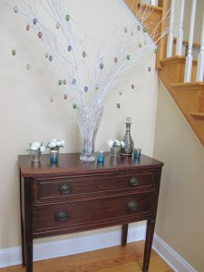 01Easter_Foyer_576x768