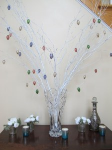 02Easter_Foyer_576x768