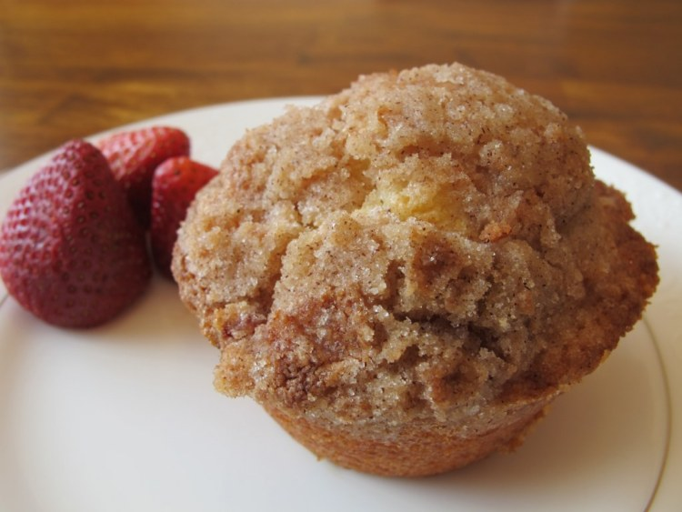 04Strawberry_Muffin_With_Crumb_Topping_1024x768