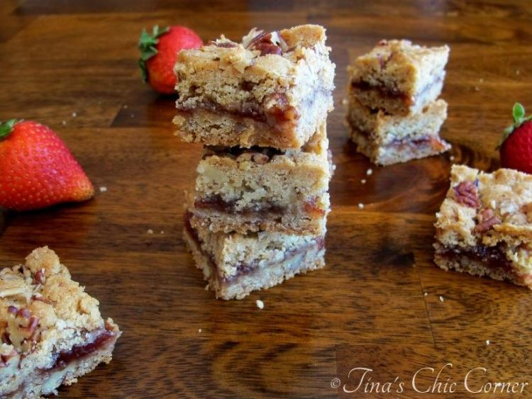 07-1Strawberry Peacan Bars