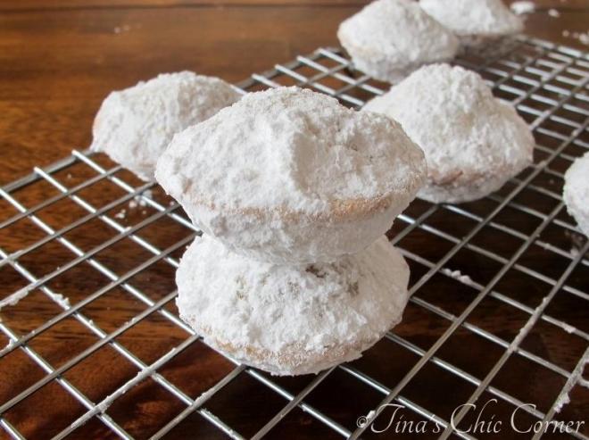 05Mini Powdered Sugar Doughnut Muffins - Copy