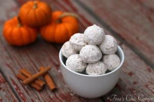 02Pumpkin Doughnut Holes