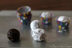 13Peanut Butter Chocolate Poppers