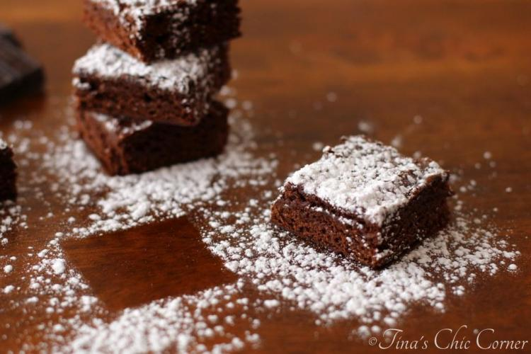 09Light Fudgy Brownies