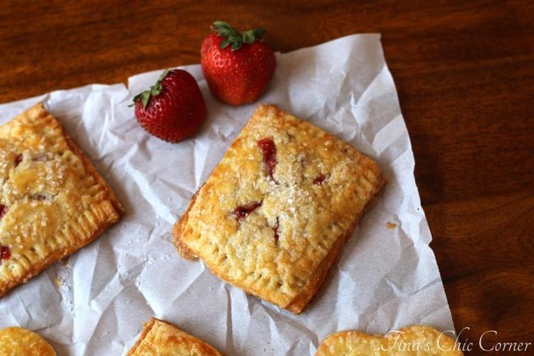 06Strawberry Hand Pies