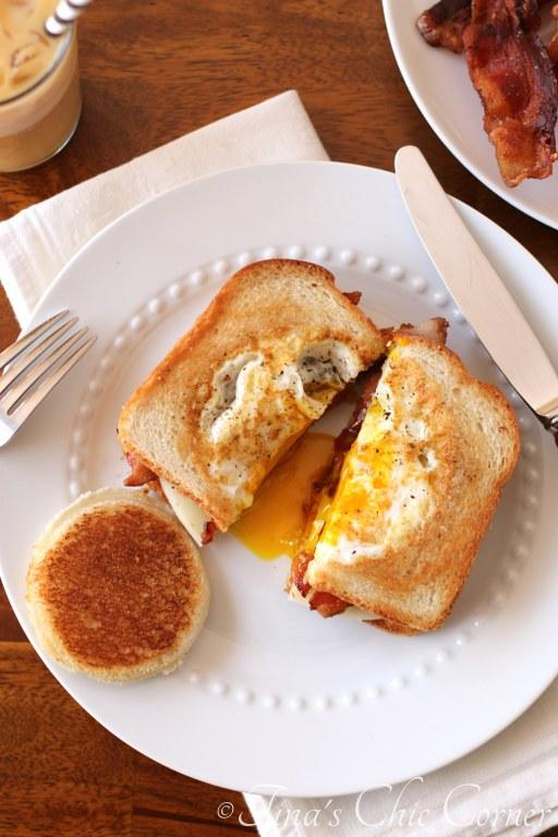 Egg in a Bread Sandwich01