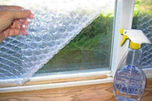 BubbleWrapOnWindow
