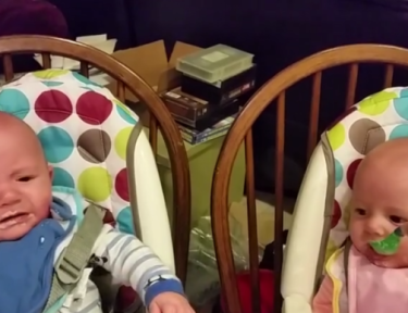 When this mom feeds one twin, the other starts to cry with jealousy