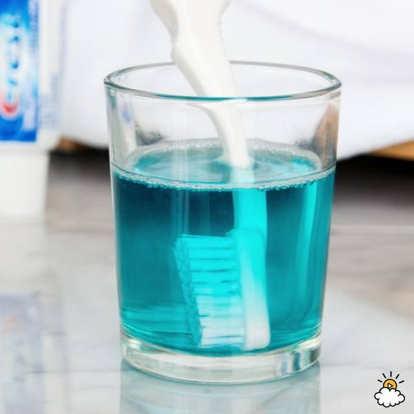 Disinfect your toothbrush with mouthwash