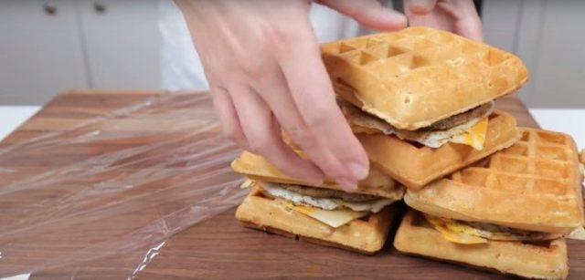 Waffle breakfast sandwiches to make ahead.