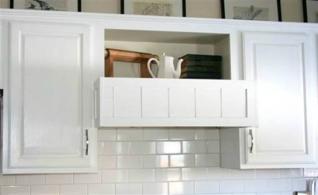DIY range hood for kitchen.