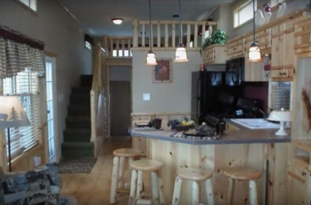 Other side of the interior of the River Run RV.
