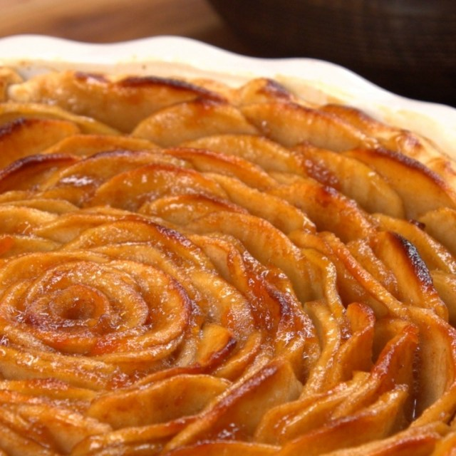 Close-up of apple pie baked in shape of rose