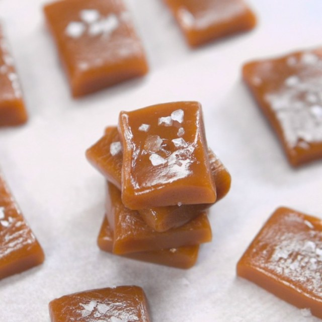 salted-caramel-chews