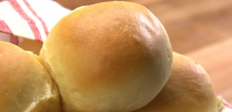 Close-up of easy homemade dinner rolls