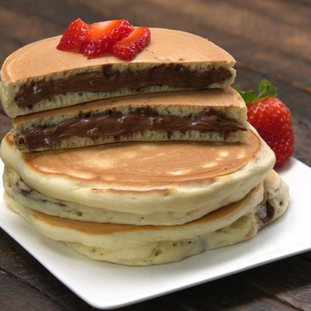 Pancakes stuffed with Nutella discs