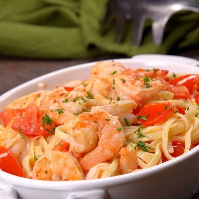 shrimp scampi in serving dish