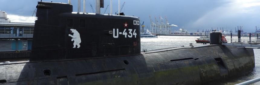 Visitando o museu submarino U-434 em Hamburgo