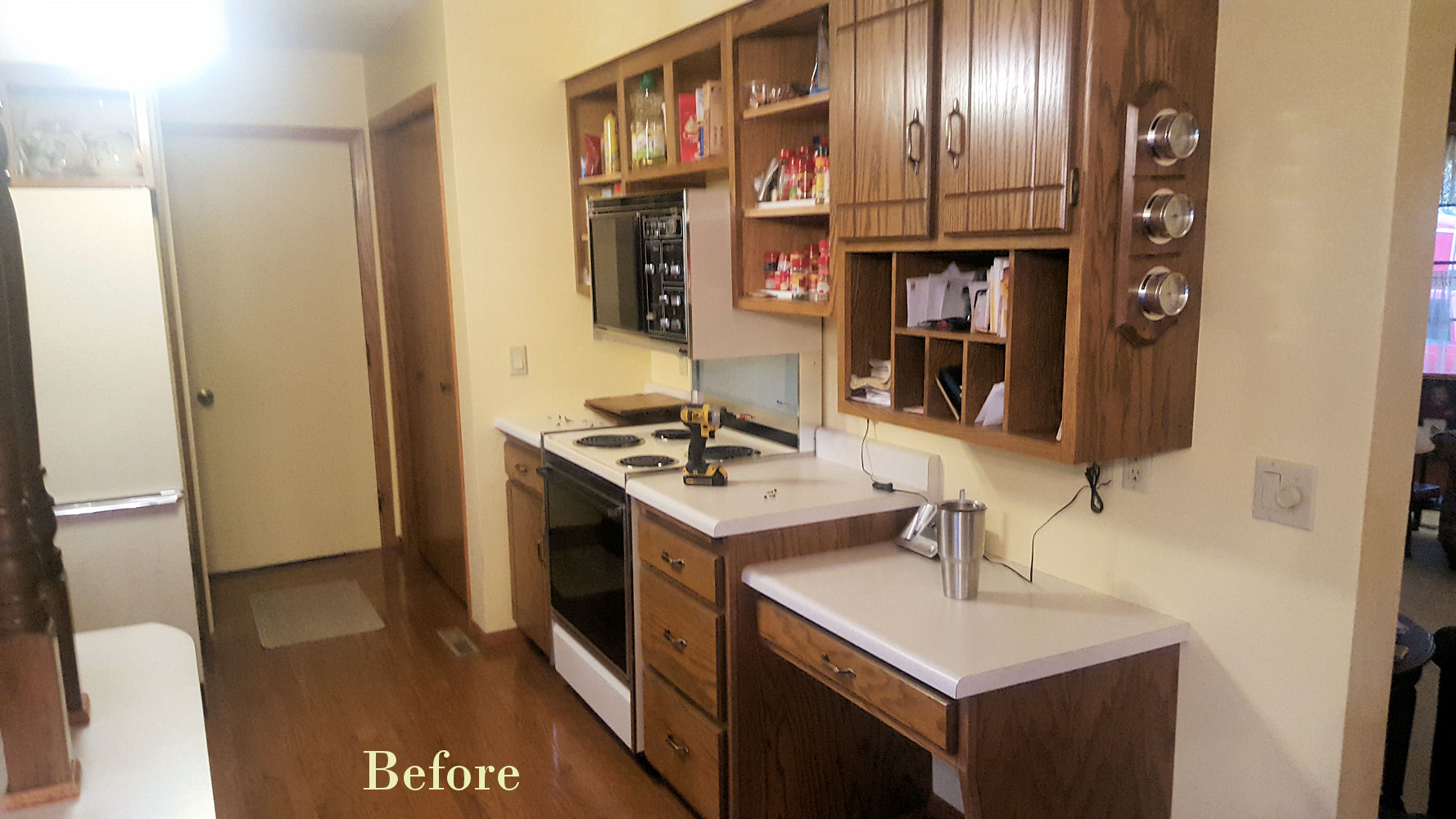 Serene Before Kitchen Remodel Kitchen Remodel Galleries Projects Kitchen Place Kitchen Remodeling Photo Gallery Kitchen Remodel Photo Gallery kitchen Kitchen Remodel Photo Galleries