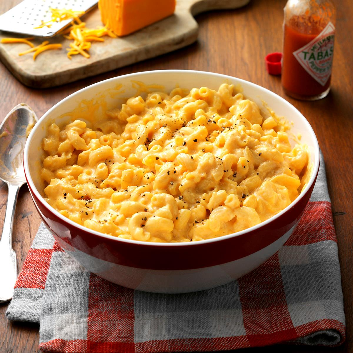 Simple Makeover Slow Cooked Mac N Cheese Exps Hscbz16 33528 B08 02 4b Pops Mac Cheese Ingredients Cheese Price Pops Macaroni nice food Popeyes Mac And Cheese