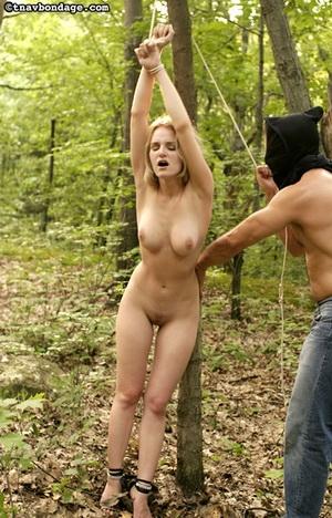 exhibitionist nude wife